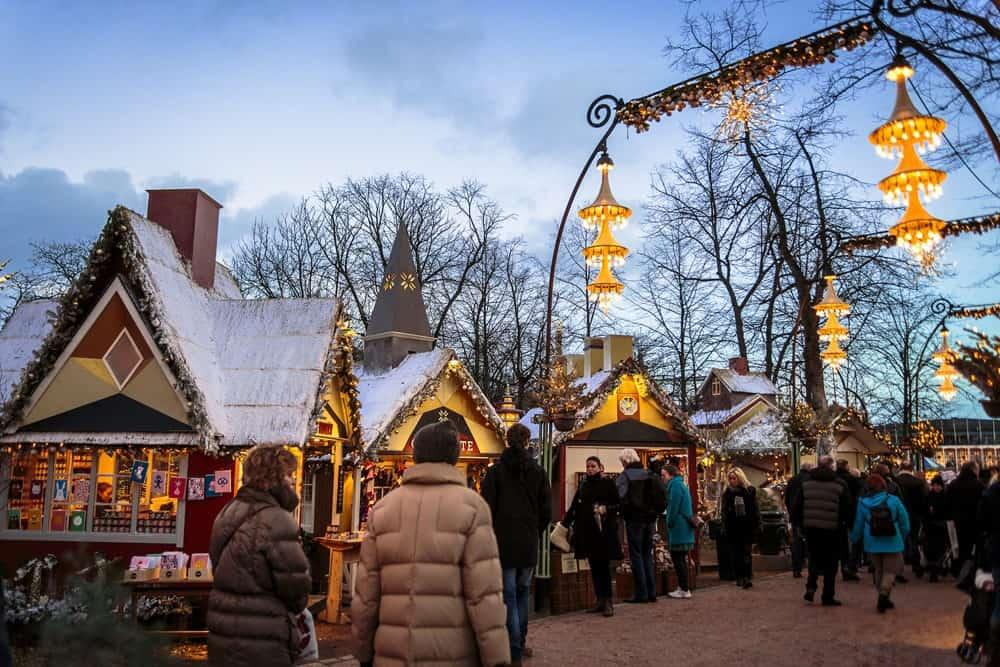 Juleboderne til Tivolis julemarked